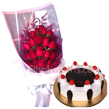 Black Forest Round Cake With Red Roses Bouquet