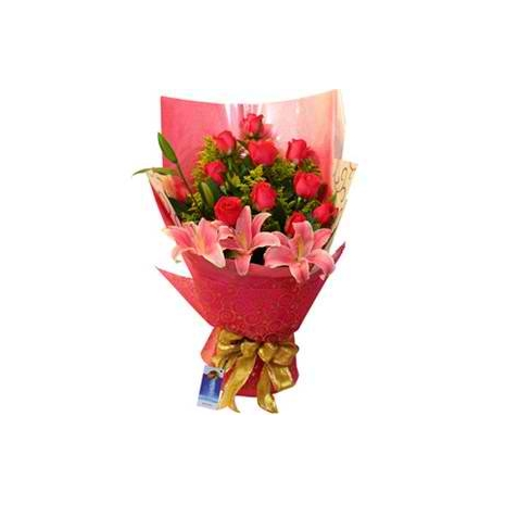 12 Red Roses with Lily Bouquet